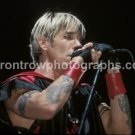 """Red Hot Chili Peppers Singer Anthony Kiedis 8""""x10"""" Color Concert Photo"""