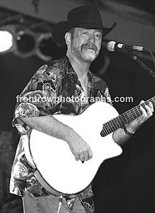 """Musician Dave Mason 8""""x10"""" BW Concert Photo"""