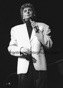 "Singer & Songwriter Barry Manilow 8""x10"" BW Concert Photo"