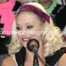 "Singer Gwen Stefani 8""x10"" Color Press Conference Photo"