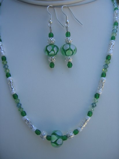 Green Swirl Lampwork Necklace with matching earrings