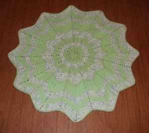 Boy's~ Green/Multi~ Round Baby Blanket Afghan~ Throw~ Free Shipping