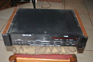 SAE T102 AM/FM Stereo Tuner