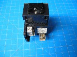 30 AMP Pushmatic ITE Siemens Gould Bulldog 1 Pole Single Pole Breaker P130
