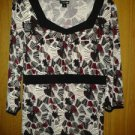 East 5th spandex stretch blouse v cute 4her size. M