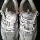 Sketchers sneaher for women v cute size 6