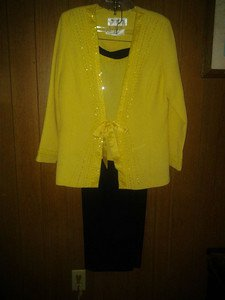 Maxie. Klein. New york v pretty pants suit 3pc with beads for women size16