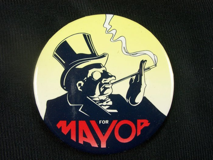 Batman Returns Penguin for Mayor Promo Pinback 1992