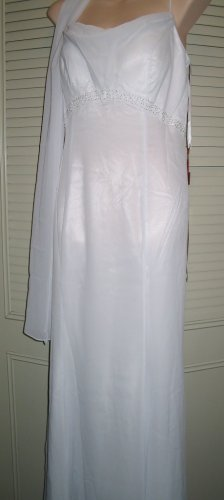 Designer Wedding Gown ~ Size 12   * Sale * Reg. $109.95