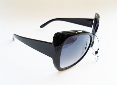 Brand New Butterfly Style Sunglasses For Women, A Glasses For Any Occassion.