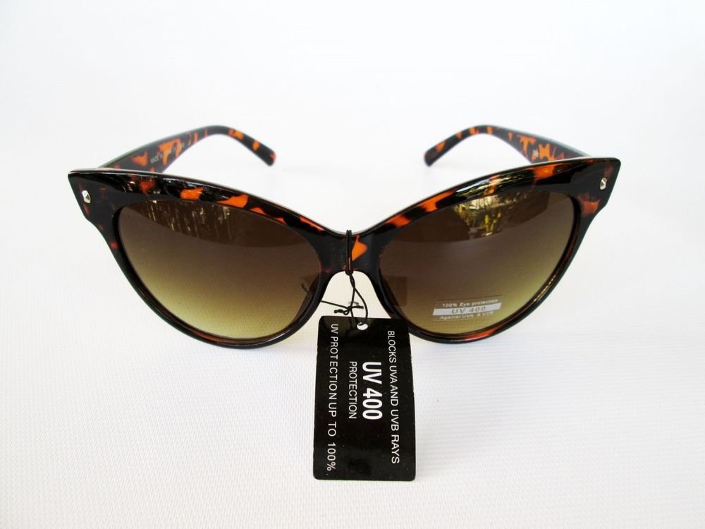 Good and Cheap Cat Eye Women Sunglasses With Light Lens and Tortoise Frames