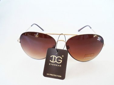 Brand new Women's Aviator / Oval Sunglasses with Black and Brown Lens.