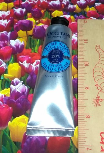 LOccitane Dry Skin Hand Cream Shea Butter 1 oz / 30 ml Travel Size