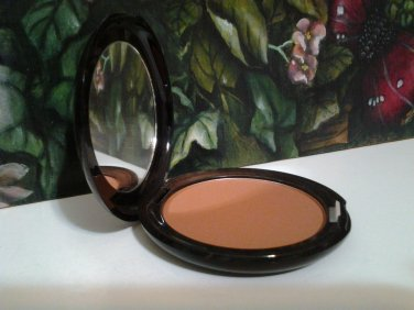 Stila Custom Color Blush ~ BRONZE ~ Self Adjusting  Full Size  5g / .17 oz