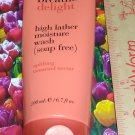 Breathe DELIGHT Uplifting Tamarind Nectar High Lather Moisture Wash Full Size Bath & Body Works