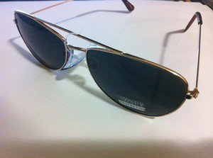 Aviator Sunglasses Unisex Free Size UV  100% Black Lenses