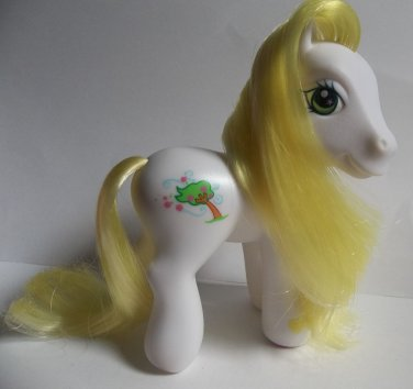 Breezie My Little Pony white G3 yellow hair tree symbol