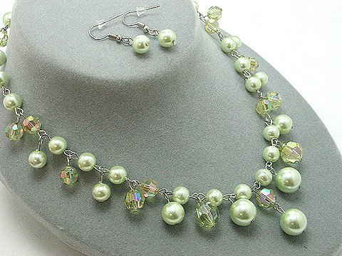 Green Glass Pearl Necklace Set - BBgg