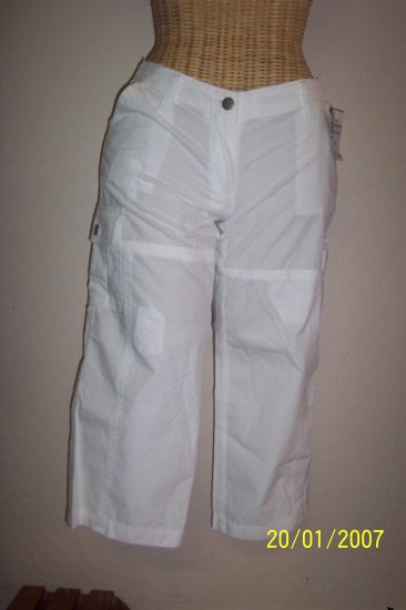 Rue 21 Capri Pants - Size 1/2 - New With Tags - BBlm
