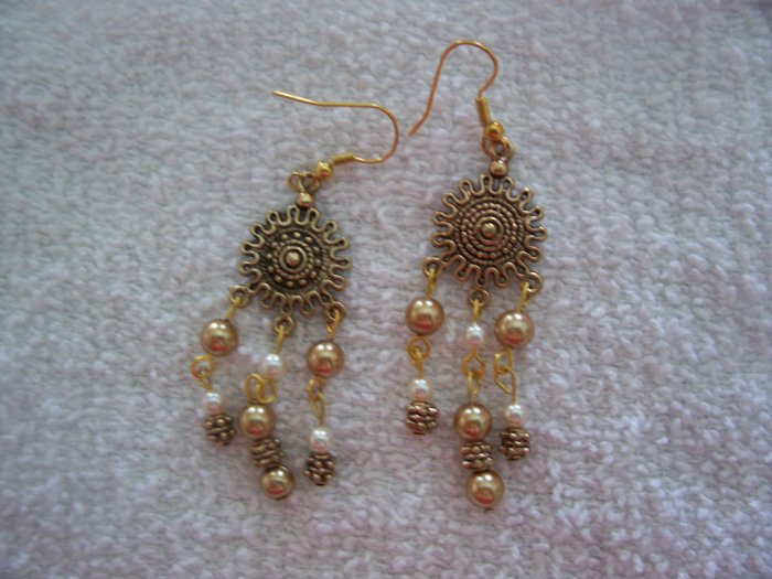 Gold Pearl Dangle Earrings - TTgp
