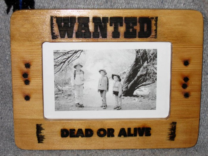 Wanted Frame - CNSwf