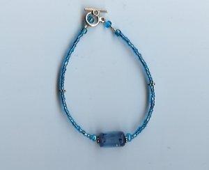 Blue Barrel Glow Bead Bracelet- EAbb