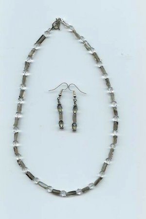 Clear Crystal Necklace/Earring Set - EAcc