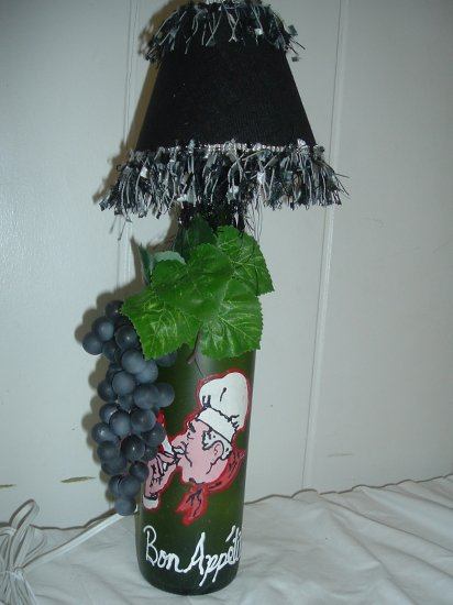 Bon Appetit Wine Bottle Lamp - PCba