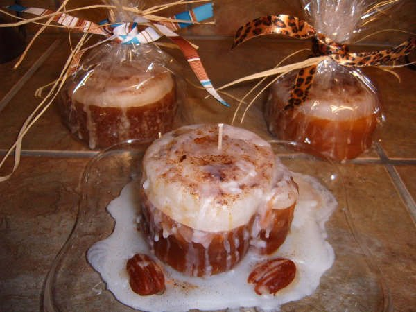 Cinnamon Roll Candles - JScr
