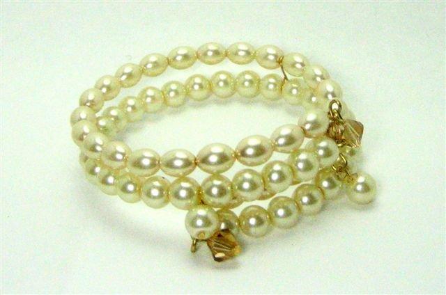 Cream Pearl Bracelet - UEcp