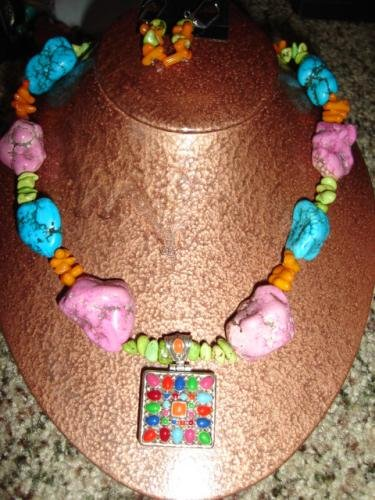 Multi-Colored Turquoise and Coral Necklace - CGmc