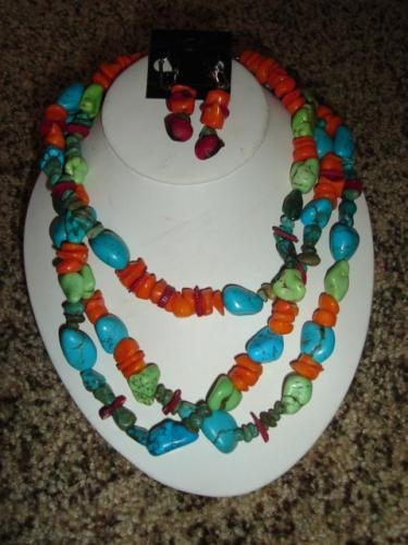 Multi-Colored Turquoise and Coral Necklace w Earrings - CGmc