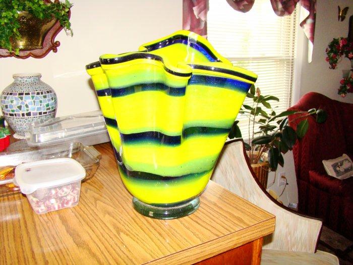 Striped Hand-Blown Glass Vase - MXsv