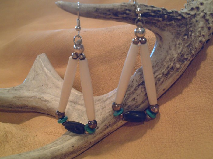 Echo Mesa Earrings - EMem