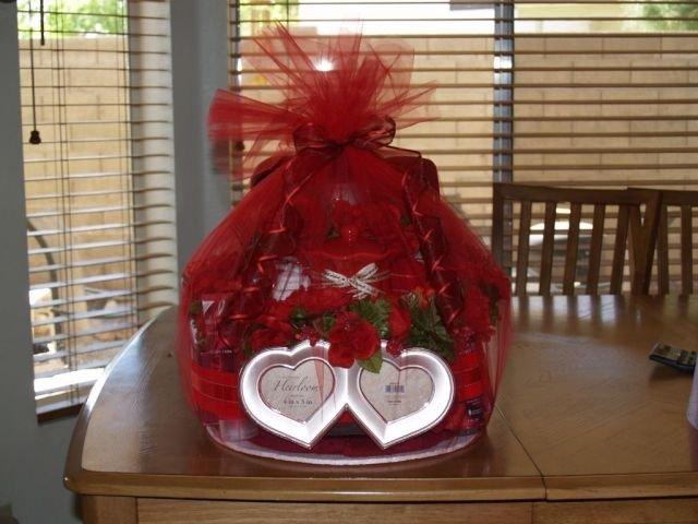 Red Bridal Towel Cake  - THrb