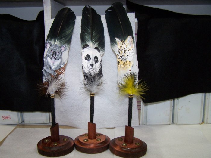 Hand-Painted Feather Pens - FBpn