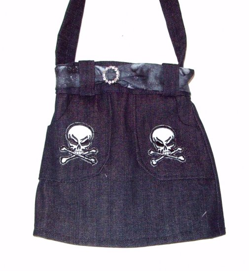 Skull and Crossbone Purse - PPsc