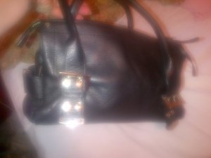 Charles David Thick Black Pebbled Leather Expandable Tote