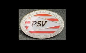 PSV EINDHOVEN NETHERLANDS FOOOTBALL CLUB TEAM PIN BADGE