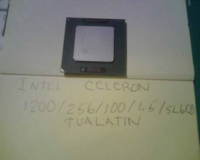 INTEL CELERON 1.2GHZ TUALATIN 370 CPU SL6C8