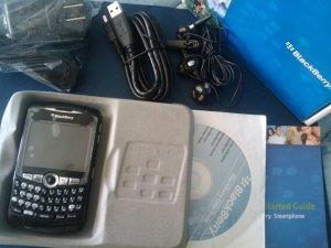BLACKBERRY CURVE 8320 /WIFI/ BLACK/W/ACCESSORIES.