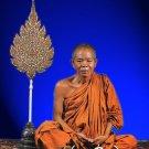 THAI BUDDHA FAMOUS MONK AMULET LP KOON MULTIPLY MONEY LUCKY RICH MIRACLE PENDANT
