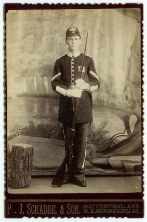 Armed Indian Wars Cabinet Card - Trapdoor Rifle
