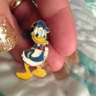Authentic Walt Disney World Vintage Donald Duck Small Pin