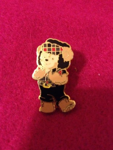 Authentic Walt Disney World Duffy Bear Snow Hat Epcot 2011 Pin