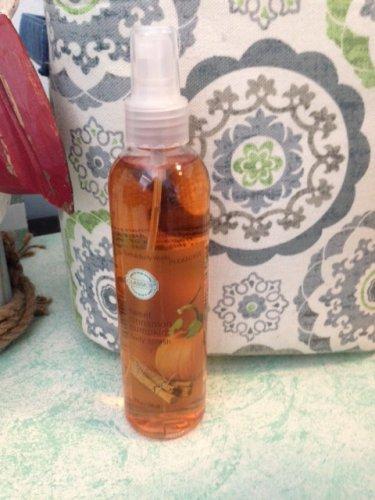 Bath and Body Works Sweet Cinnamon Pumpkin Body Splash Perfume Spray Body Mist 8oz. $17.99