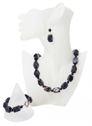 Classy White Freshwater Pearl Jewellery Set