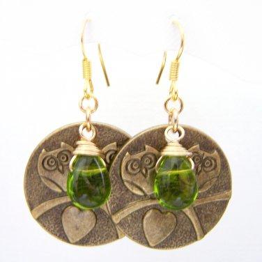 Green glass bead w/ owl charm gold plate dangle earrings