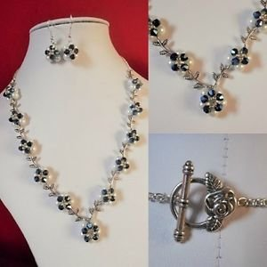 Pearl FLOWER necklace SET earrings LEAF white blue T-BAR rose FLORAL bead