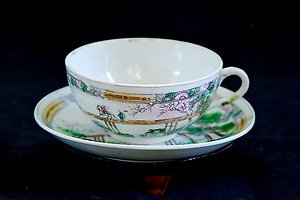 """ANTIQUE PORCELAIN CUP&SAUCER, DOUBLE """"T"""" IN DIAMOND, MA/IN JAPAN, HAND PAINTED"""